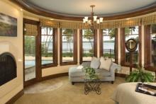 Curved Crown Moulding|Sunroom|